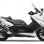 2015-Yamaha-T-MAX-ABS-EU-Competition-White-Studio-002