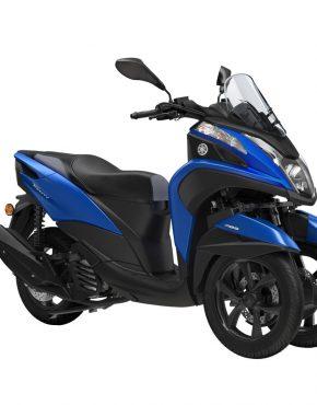 2018-Yamaha-MW125-EU-Cyber_Blue-Studio-001-03
